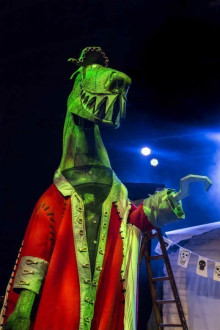 Captain Flinn and the Pirate Dinosaurs: The Magic Cutlass